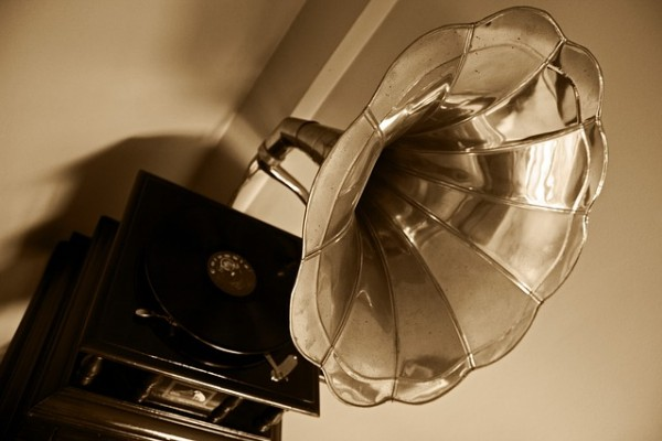 The History of Voice Over through the 1900's